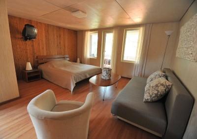 2-12 kambarys