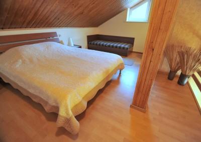 3-7 miegamasis