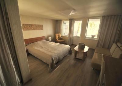 3-8 kambarys