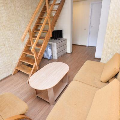 2+3 vietų dviejų aukštų apartamentai su balkonu II aukštas